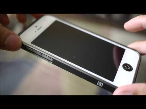bumper - PhoneArena presents a hands-on video of the m: AL13 Ultra thin Aluminum Bumper for iPhone 5. http://www.phonearena.com/news/m-AL13-Ultra-thin-Aluminum-Bumper...