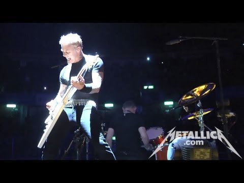 MetallicaTV - Footage of Blitzkrieg in the Tuning Room (0:12), and Battery from the show (5:03).