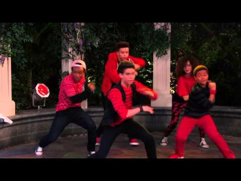 Luke's Dance Team - JESSIE (Acting With the Frenemy [HD])