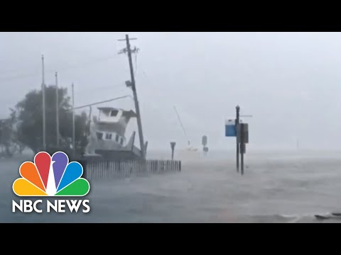 Myrtle Beach Faces Hurricane Florence After First Lives Are Lost | NBC News