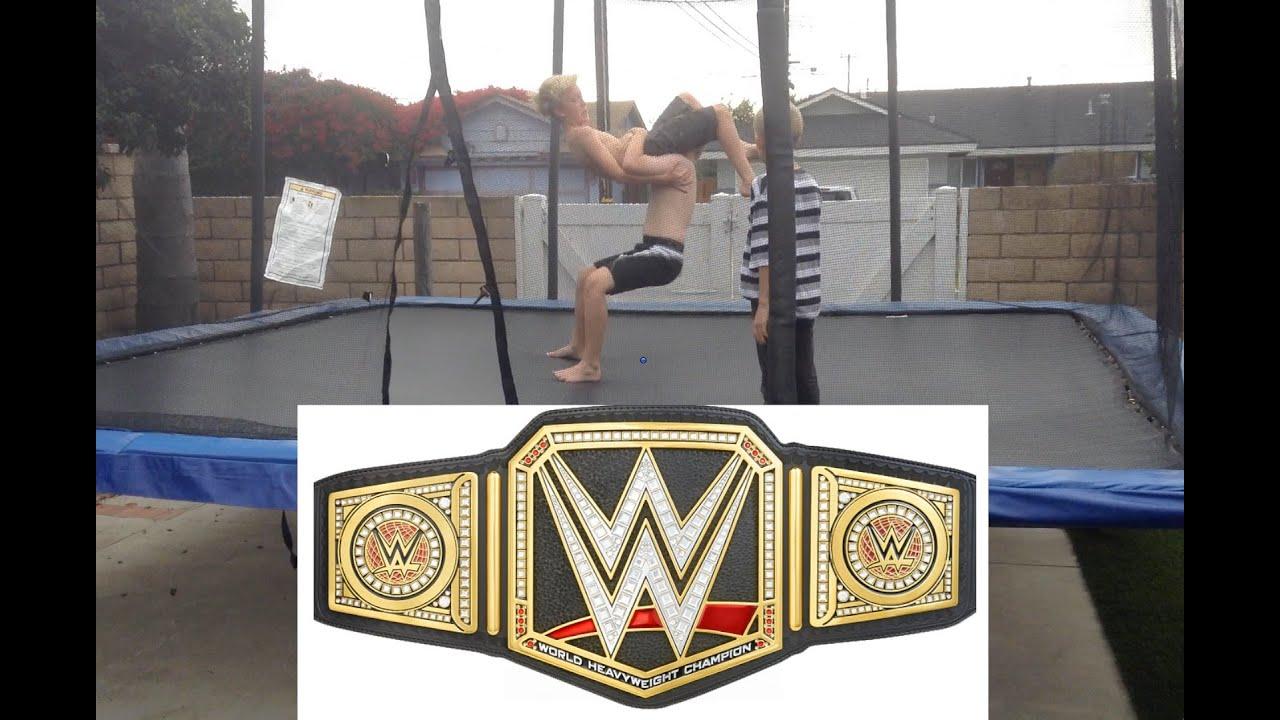 WWE – Royal Rumble – World Heavyweight Championship – Brock Lesnar vs  Batista (Trampoline)