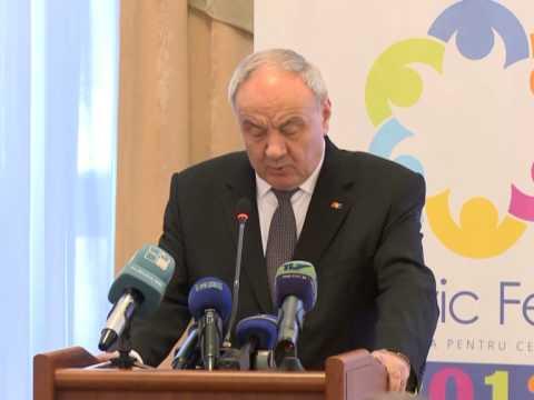 """Președintele Nicolae Timofti a participat la conferința  """"Civic Fest 2013: Moldova pentru cetățeni"""""""