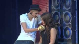 Video Justin Bieber One Less Lonely Girl Live Montreal 2012 HD 1080P MP3, 3GP, MP4, WEBM, AVI, FLV Maret 2018