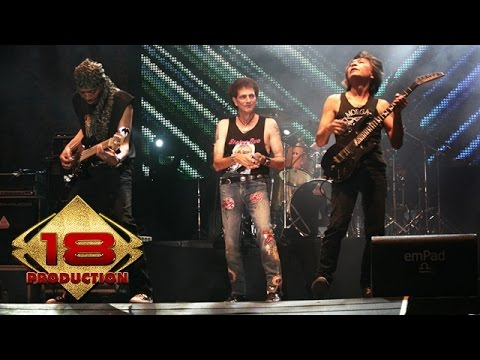 Download Lagu GodBless - Full Konser (Live Konser Malang 04 November 2005) Music Video