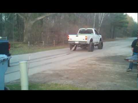 Duramax vs. Powerstroke tug-of-war battle