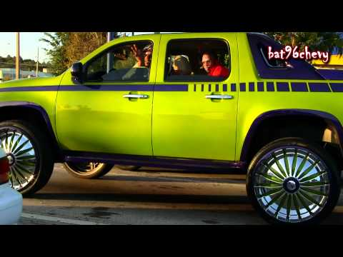Green/Purple Chevy Avalanche on 30
