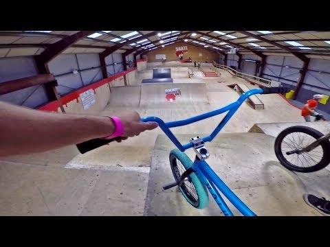 GoPro BMX: ENGLAND'S BIGGEST SKATEPARK! (видео)