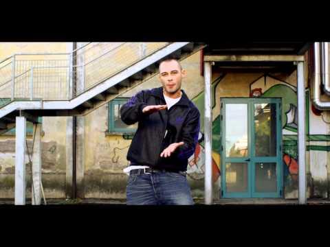 , title : 'Fabri Fibra - Tranne Te (video ufficiale)'