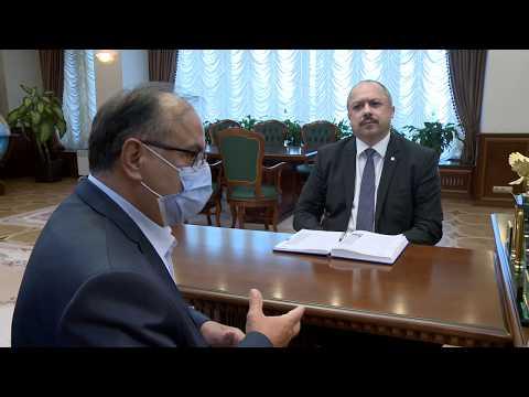 Глава государства встретился с ректором Института международных отношений Молдовы