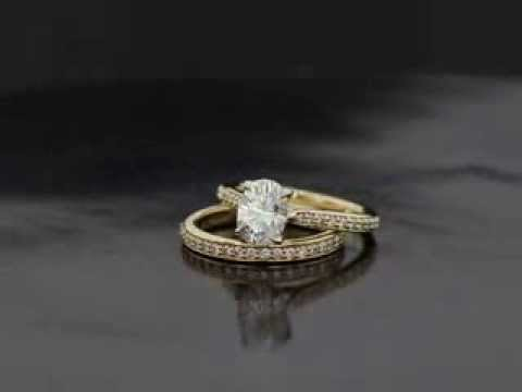 E.C. Yellow Gold Wedding Set