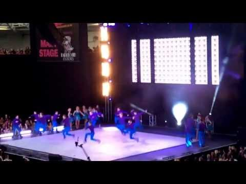 Motown choreographed by Emma Rogers – Performers College Move It 2014