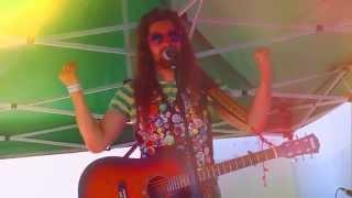Video Šrája - Abyste to věděli (Live @ Hradecký slunovrat 2015)