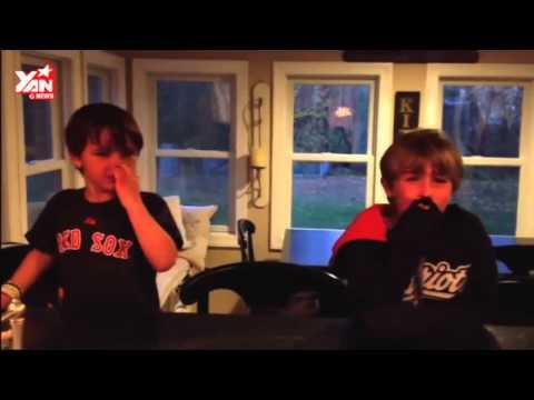 Phản ứng cực hài hước của trẻ em khi bị bố mẹ lừa lấy hết kẹo Halloween