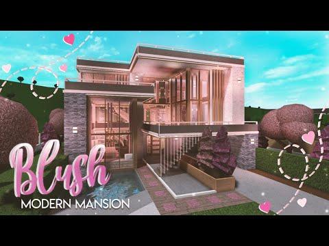 BLOXBURG| Blush Modern Mansion she speaks | House Build видео