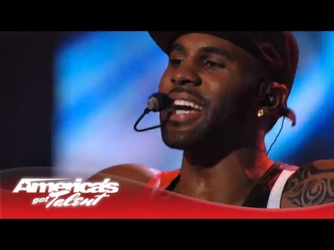 other - Jason Derulo performs his hot dance hit