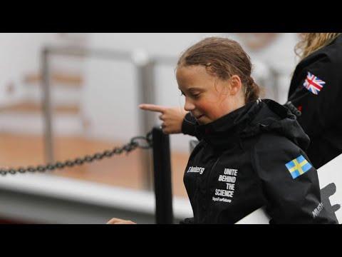 Greta Thunberg nach zwei Wochen auf See in New York a ...