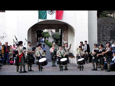 Mexican music by bagpipes band of St Patrick Battalion