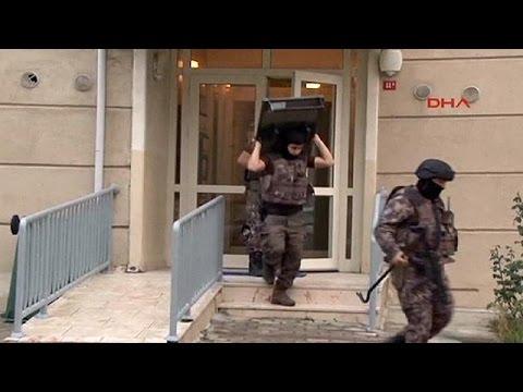 Τουρκία: Συλλήψεις υπόπτων τζιχαντιστών μετά το μακελειό στο «Ατατούρκ»