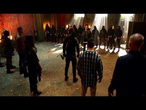 Arrow | Season 5 Finale | Team Oliver vs Team Prometheus Full Fight | The CW