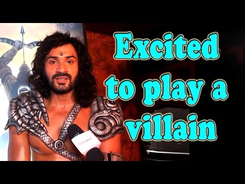 Excited to play a villain : Mrunal Jain
