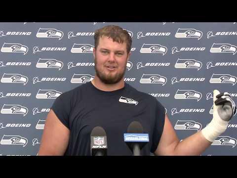Seahawks Offensive Tackle Matt Tobin Preseason Week 3 Press Conference (видео)