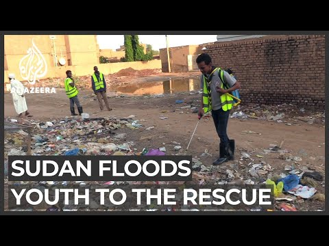 Sudan floods: Volunteers begin clean-up as water retreats