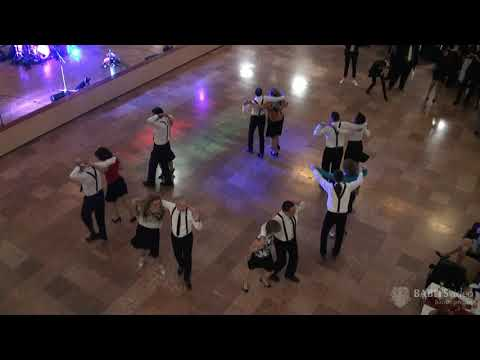 Tanárok - Szülők közös tánca