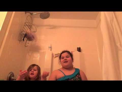 Slurpee bath first impression ft Audrina (видео)