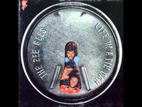 Tekst piosenki Bee Gees - I don't wanna be the one po polsku