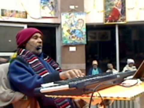 Saanvariyaa - Live Satsang from Maan Mandir Barsana by Shri Ramesh baba Ji Maharaj Night Sankeetan - Pad Gaan - Shri Baba Maharaj Date-Dec 29,2011 Deena nath dayaal Saanva...
