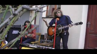 Video The Colleas - Koncert na dvoře (1.část)