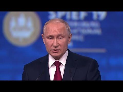 Russland: Putin kritisiert die US-Politik scharf und  ...