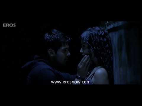 Shriya Saran in dark - Chikku Bhukku
