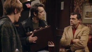 Trigger's Dodgy Briefcases - Only Fools and Horses - BBC