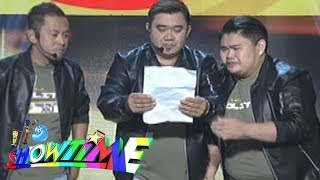 Video It's Showtime Funny One: Tres Palitos MP3, 3GP, MP4, WEBM, AVI, FLV Juni 2018