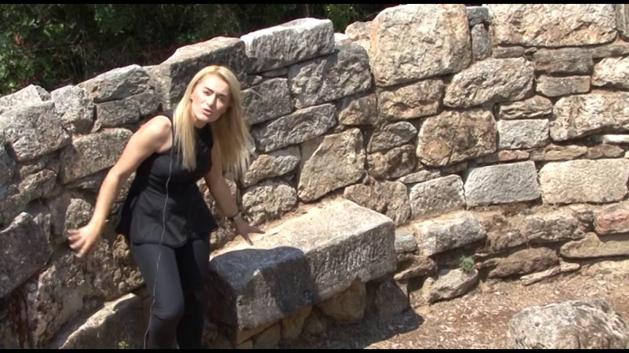 Ξενάγηση στον τάφο του Αριστοτέλη στα Στάγειρα.