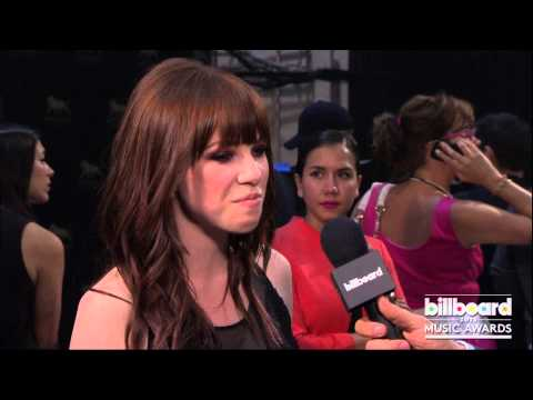 Jepsen - Carly Rae Jepsen Backstage at the Billboard Music Awards 2013.