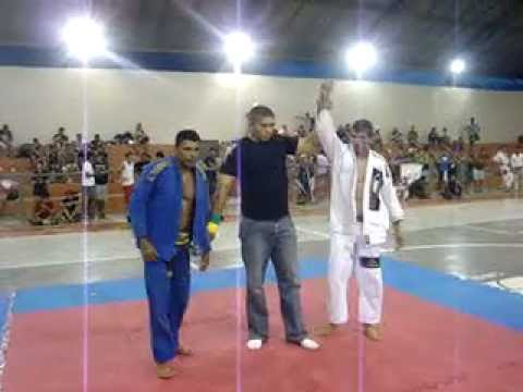 LIU evoluttionn campeão da copa dos manopolios de jiu-jitsu em quixada
