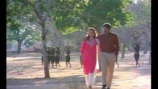 Malayalam Song  Anthi Ponvettam   Movie Vandanam 1989