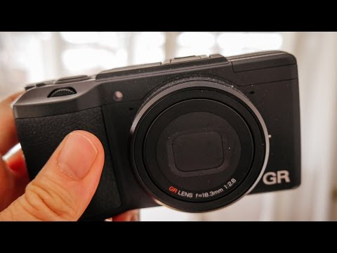 5 Reasons to Buy a Ricoh GRii