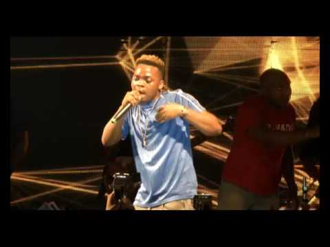 OLAMIDE BLAST DON JAZZY AGAIN @  REMINCE CONCERT AT IKEJA CITY MALL