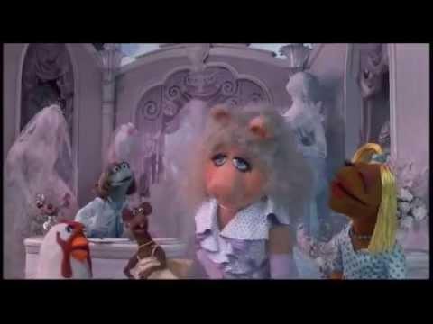 Los Muppets Toman New York 1984 _ alguien viene a casarse -- en español