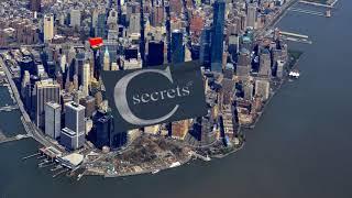 Cesars Secrets Fallschirmssprung mit schwarzer Flagge New York