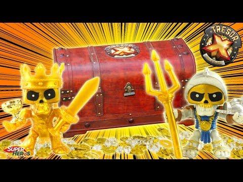 Tresor X Je trouve un vrai Coffre au trésor dans mon jardin rempli de pièces d'or Asmodee