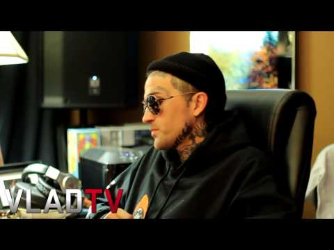 yelawolf - http://www.vladtv.com - Yelawolf opened up to VladTV about a dispute he had with Macklemore over his Buck Head logo in the past. Yelawolf described how he ca...