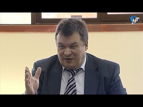 Александр Уткин может лишиться должности руководителя регионального фонда капремонта