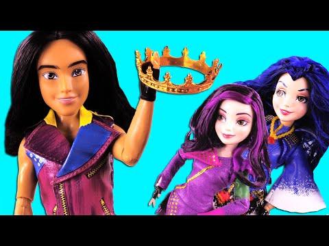 Descendants Jay Steals Frozen Elsa's Crown PART 2!  With Descendans Mal & Evie, Frozen Elsa, Anna