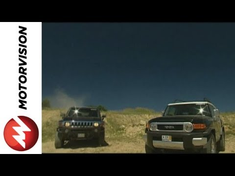 h3 - The smallest Hummer - the H3 - squares off against the Toyota FJ Cruiser in the offroad test. Which 4x4-giant will be victorious?
