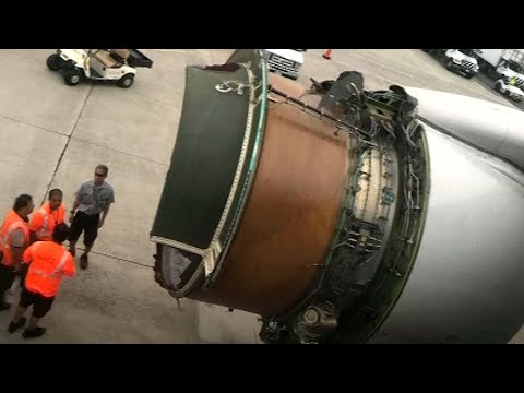 Dramatisches Video: Flugzeug verliert Teile des Tri ...