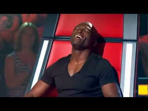 Seal Enjoying Himself Too Much On The Voice